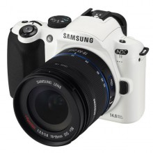 Фотоаппарат Samsung NX11 Kit 18-55