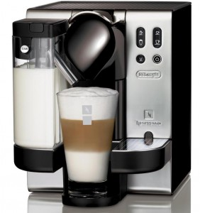 Кофемашина Delonghi EN 680 M Nespresso - 21999 рублей